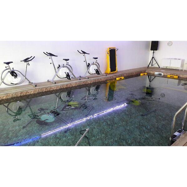 Aquabike six fours six fours les plages horaires for Horaire piscine six fours