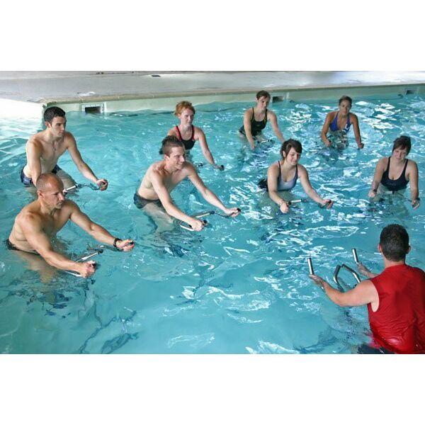 laquabiking se pratique gnralement en cours collectifs mais certaines piscines mettent des aqua - Aquabiking Paris Piscine Municipale