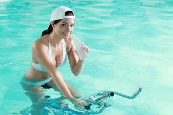 """Aquabiking : combien de séances pour voir les effets?<span class=""""normal italic petit"""">© RG. - Fotolia.com</span>"""