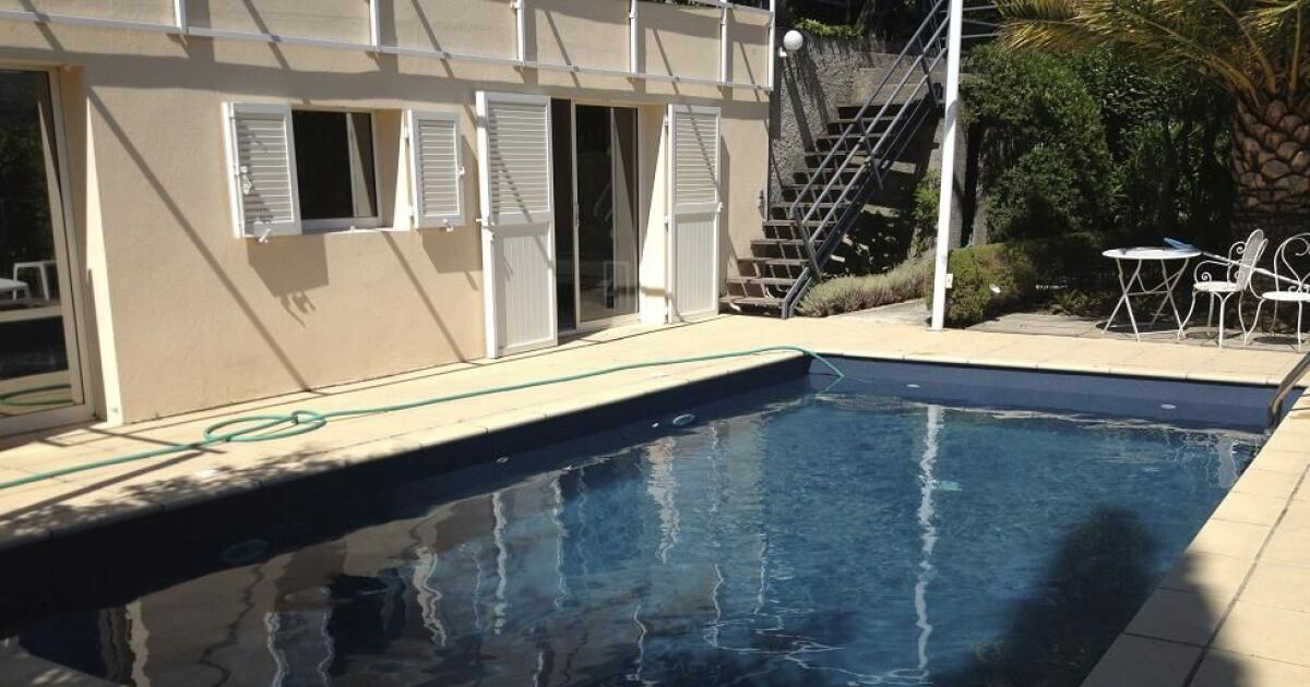Avis et commentaires aquabright rev tement piscine for Construction piscine avis