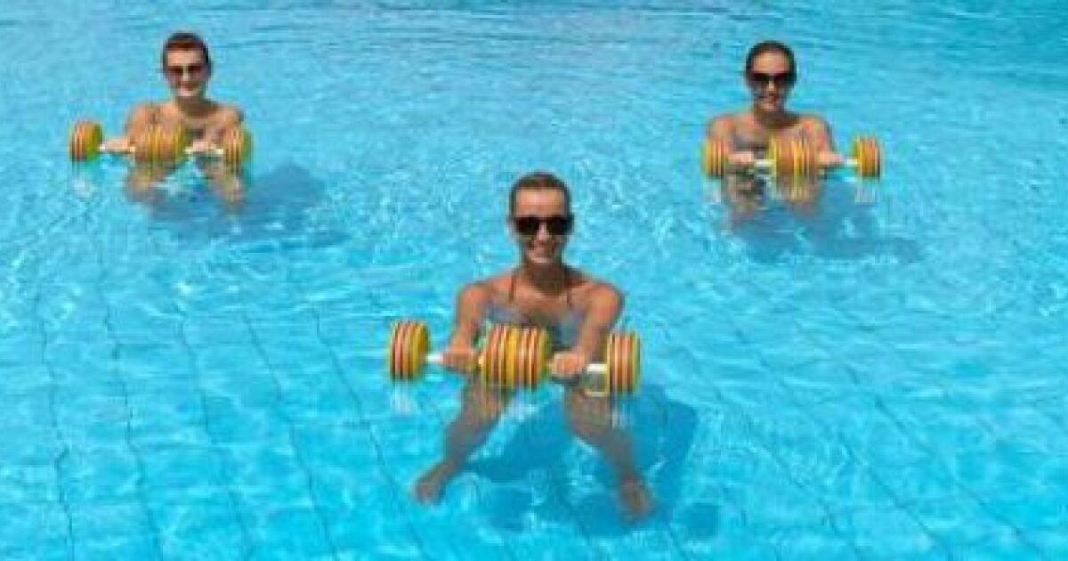 Aquagym postnatale reprendre le sport apr s l 39 accouchement for Accouchement en piscine