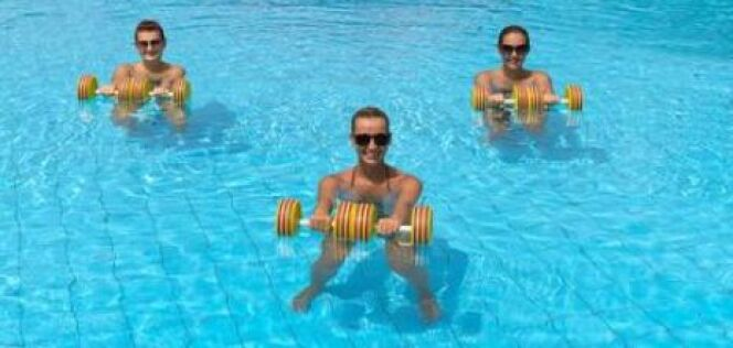 "Aquagym postnatale : reprendre le sport après l'accouchement <span class=""normal italic petit"">© american911 - Fotolia.com</span>"