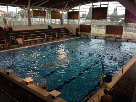Centre aqualudique aqualonne piscine ch teau d 39 olonne for Piscine le cateau horaire
