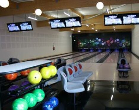 L'espace bowling à Aquatic et Bowling Center de Marconne