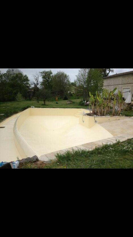 Aquitaine Piscine à Lalande de Pomerol