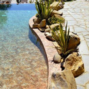 Donnez à votre piscine un aspect authentique avec Renolit