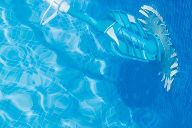 Aspirateur de piscine sans fil