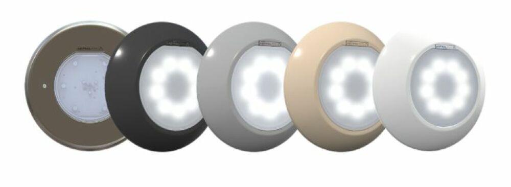 AstralPool présente ses projecteurs LED LumiPlus Flexi © AstralPool
