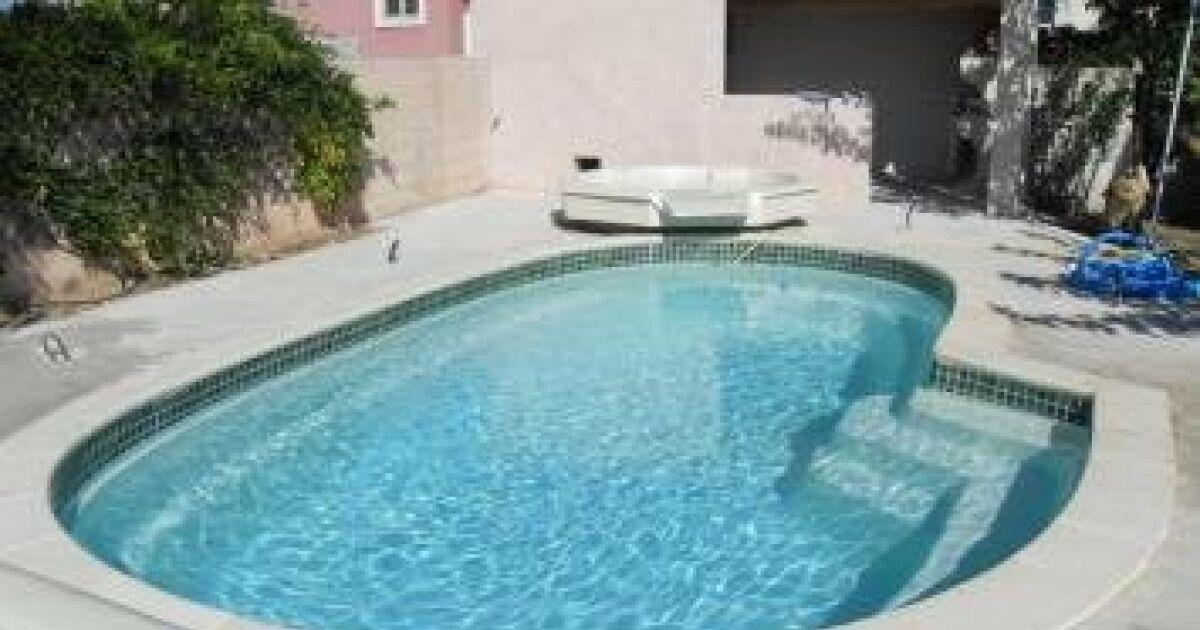 Atm concept piscines ibiza puget sur argens for Concept piscine
