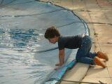Attaches pour bâches de piscine