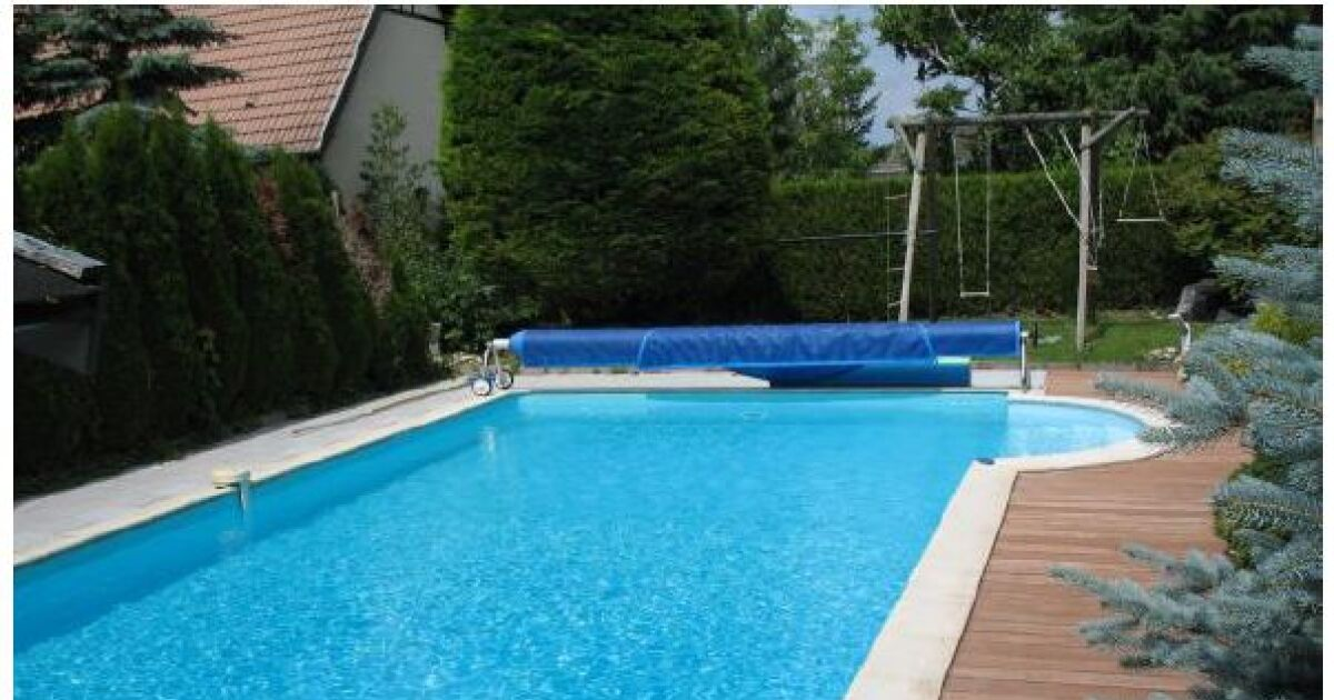 L 39 incroyable transformation d 39 une piscine traditionnelle for Transformation piscine