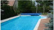 L'incroyable transformation d'une piscine traditionnelle en baignade naturelle