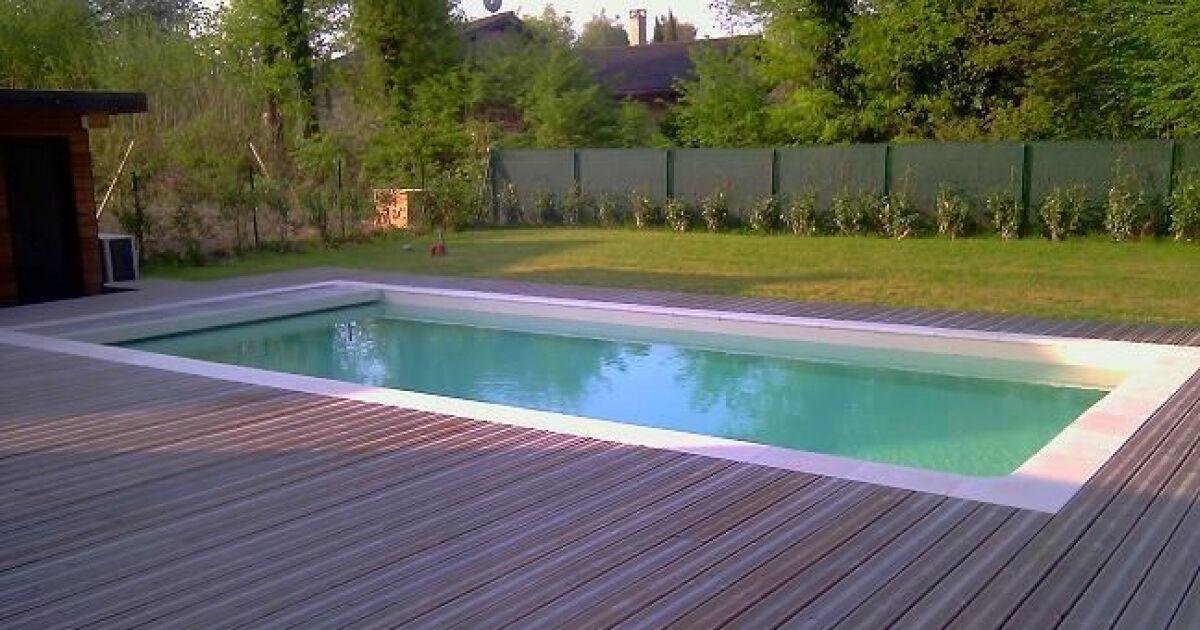 Az piscine allonzier la caille allonzier la caille for Accessoire piscine 74
