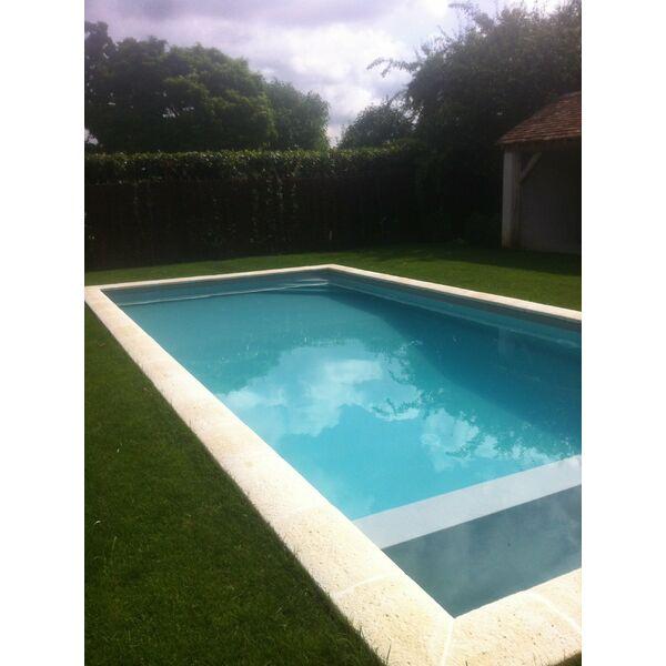 Azurpiscine tourville la rivi re pisciniste seine for Accessoire piscine yvelines