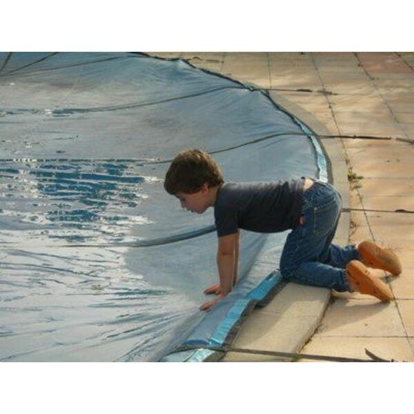 dossier b ches de piscine comment faire le bon choix. Black Bedroom Furniture Sets. Home Design Ideas