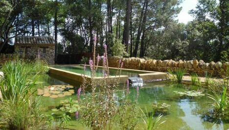 Baignade naturelle avec étang séparé