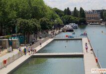 Paris : la baignade est ouverte au bassin de la Villette