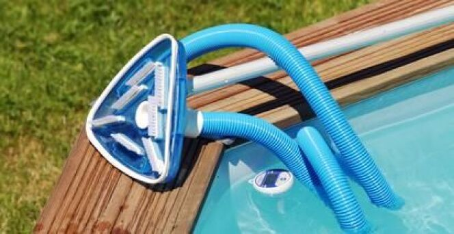 Balai de piscine mode d emploi comment bien utiliser son for Aspirateur robot de piscine intex