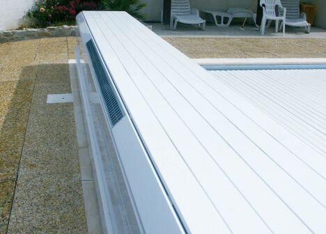 "Banc Solar Energy Abriblue<span class=""normal italic petit"">© Abriblue</span>"