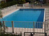 Une barrière de sécurité pour votre piscine