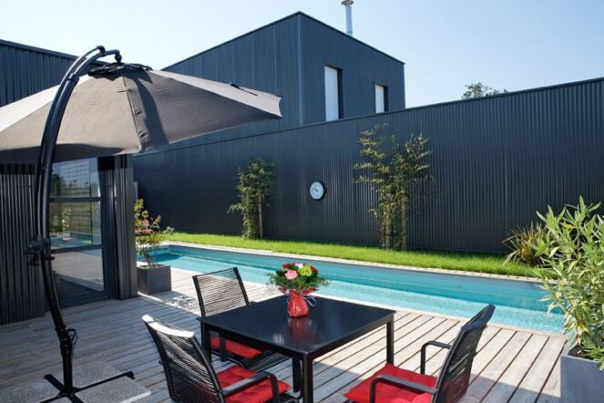 photos de piscines b ton bassin de nage gamme prestige. Black Bedroom Furniture Sets. Home Design Ideas