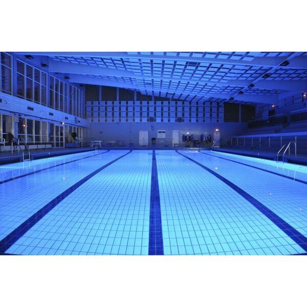Piscine robert pr ault chelles horaires tarifs et for Centre de la nature piscine