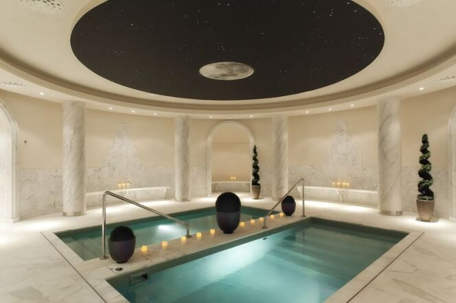 les photos des plus beaux spas de france spa aquamoon vend me paris 1er photo 6. Black Bedroom Furniture Sets. Home Design Ideas