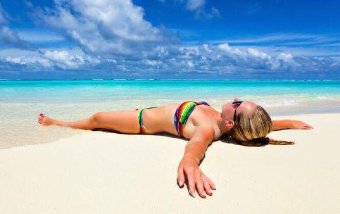 """Bien nettoyer votre maillot après une journée à la plage<span class=""""normal italic petit"""">DR</span>"""