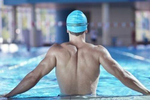 Comment bien s'échauffer pour éviter les blessures en natation ?