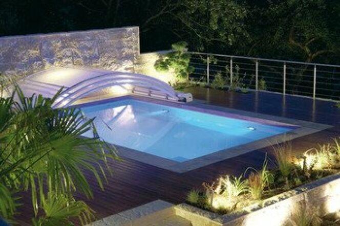 """Bien choisir son abri de piscine<span class=""""normal italic petit"""">© Abrisud</span>"""