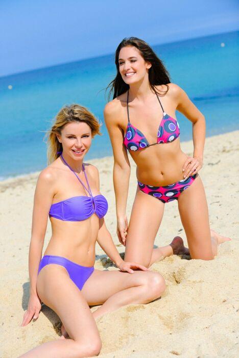 """Bikini et maillot bandeau Kalaïs<span class=""""normal italic petit"""">© Kalaïs</span>"""