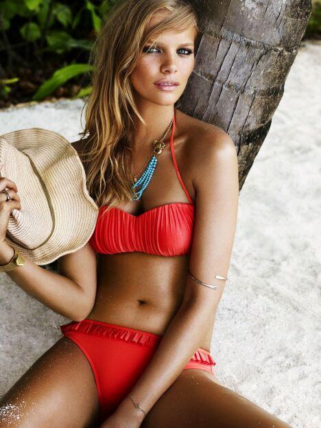 "Bikini Goddess Coral Seafolly<span class=""normal italic petit"">© Seafolly</span>"