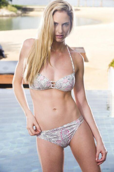 "Bikini imprimé oriental et couleurs pastelles Jog Swimwear<span class=""normal italic petit"">© Jog Swimwear</span>"