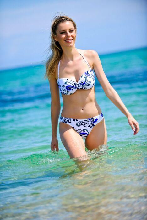 """Bikini Kalaïs<span class=""""normal italic petit"""">© Kalaïs</span>"""