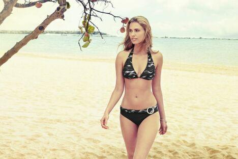 "Bikini noir et blanc imprimé vagues - Speedo 2014<span class=""normal italic petit"">© Speedo</span>"