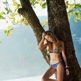 Bikini triangle coloré