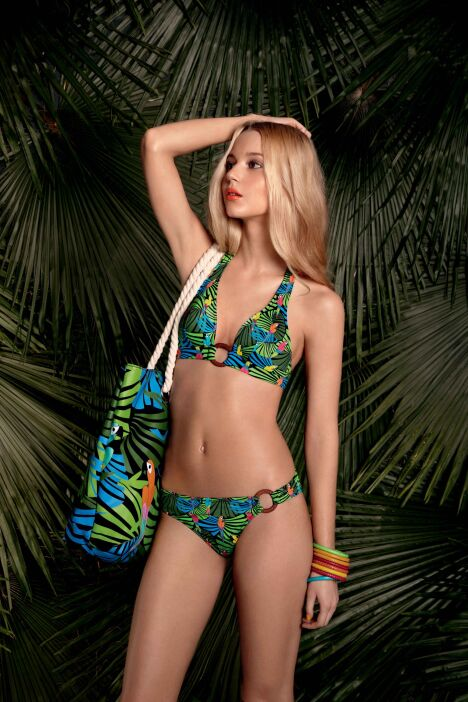 """Bikini triangle imprimé tropical Treasure Island Huit été 2013<span class=""""normal italic petit"""">© Huit</span>"""