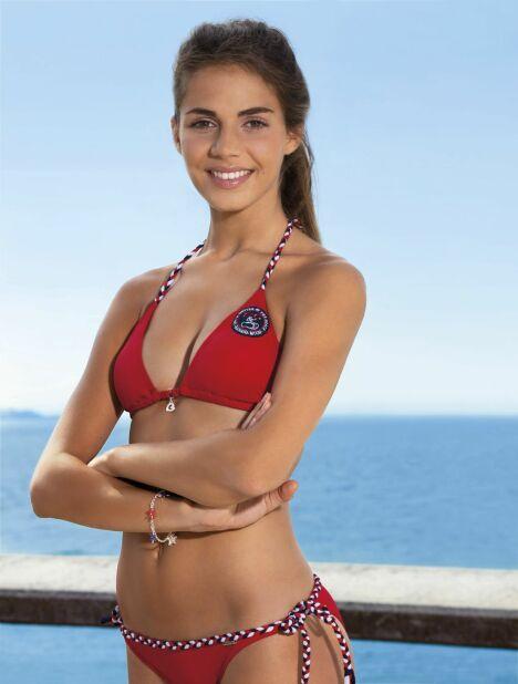 Maillot de bain et bikini rouge collection 2015