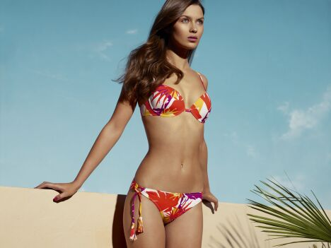 "Bikini Cocoa Beach (Fresia)<span class=""normal italic petit"">© Huit</span>"