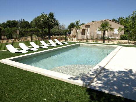 Blue Pool Concept à Carpentras