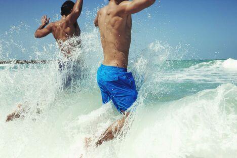 "Boardshort homme bleu uni Speedo 2013<span class=""normal italic petit"">© Speedo</span>"