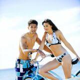 Boardshort à motifs bleu, blanc et noir Kalaïs