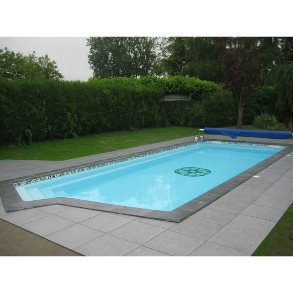 Bonheur piscines euro piscine services chang for Piscine mayenne