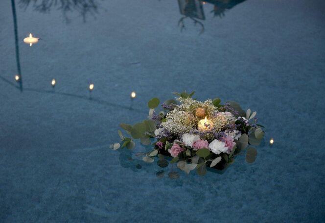 Bougeoirs et photophores flottants pour piscine