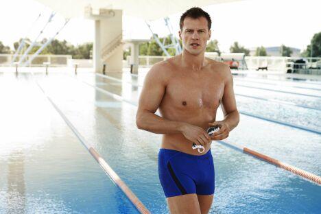 "Boxer de bain bleu pour la piscine, Speedo Swim Fitness 2013<span class=""normal italic petit"">© Speedo</span>"