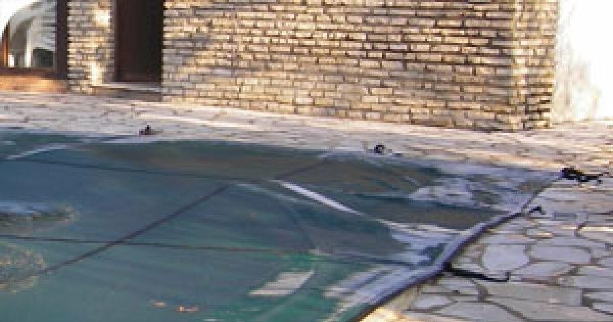 Article c est l hiver pensez la couverture de votre for Article piscine