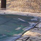 C'est l'hiver : pensez à la couverture de votre piscine !