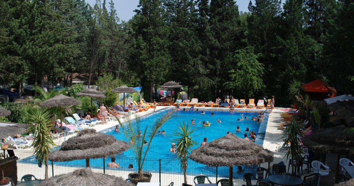 Piscine du camping taradeau horaires tarifs et photos for Camping piscine var