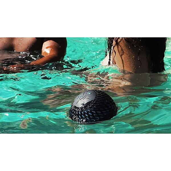 d couvrez la cannonball 360 audio l enceinte id ale pour votre piscine. Black Bedroom Furniture Sets. Home Design Ideas