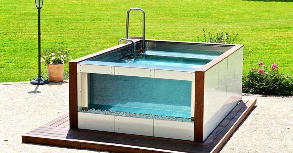 Carr bleu devient distributeur des salons aquatiques ur 39 bain for Piscine miroir carre bleu